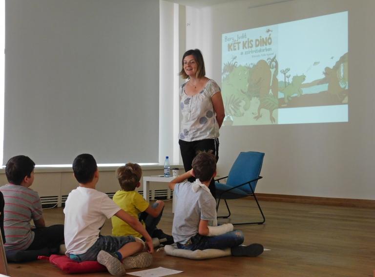 Két kis dinó Budapest – kreatív foglalkozás