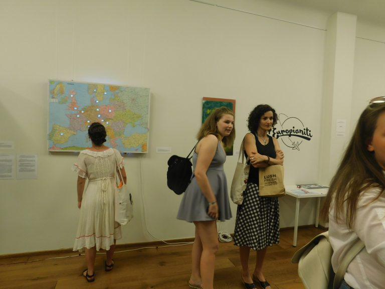 DO YOU HAVE A KNACK FOR ART? – Exhibition