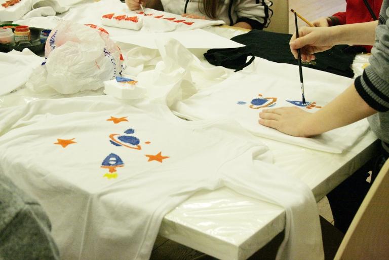 Egyedi stílusú póló vagy táska nyomatozás